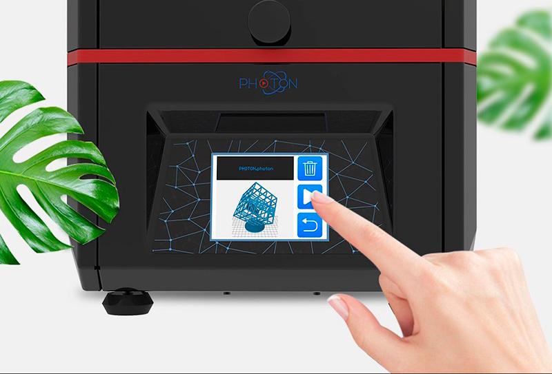 Удобный цветной сенсорный дисплей 3D принтера Anycubic Photon с возможностью просмотра превью моделей